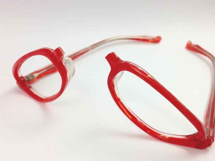 専門店にお願いできる メガネのリペア