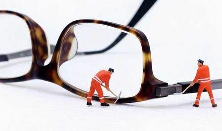 メガネの修理 セルフレーム修理 セル枠修理