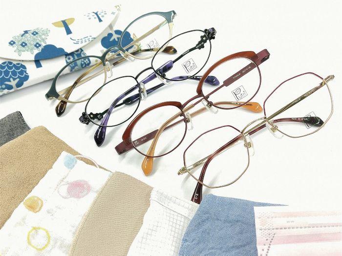 プトゥリ マスクに似合うメガネ 女性用メガネ