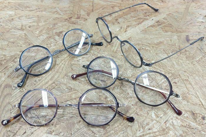 ジョン・レノン 丸メガネ 一山 いちやま