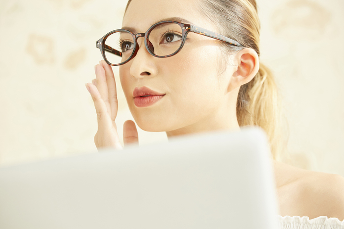 10月10日は「目の愛護デー」。10月は目とメガネのメンテナンスをしませんか?